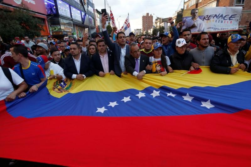 Brasil pode adotar ?pequenas sanções? à Venezuela, diz Mourão