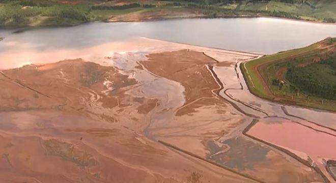 Comissão aprova projeto que endurece fiscalização de barragens