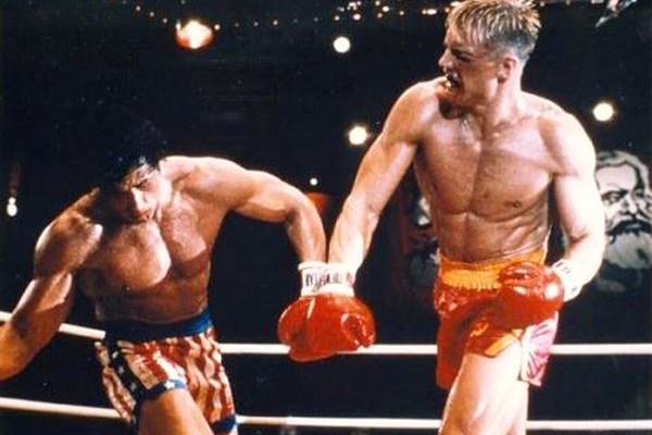 Stallone conta que Dolph Lundgren quase o matou em bastidores de 'Rocky IV'