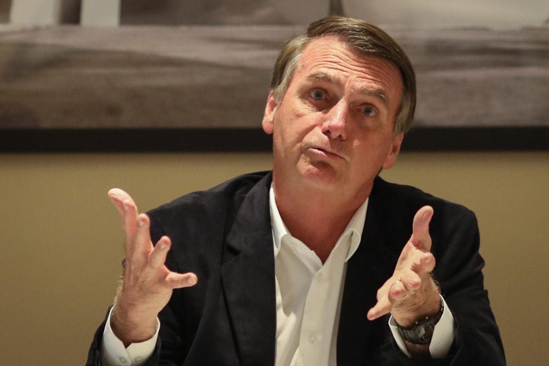 """""""Bolsonaro tchutchucou"""" é frase de internauta que aproprio-me e dou título à matéria que vocês lêm"""