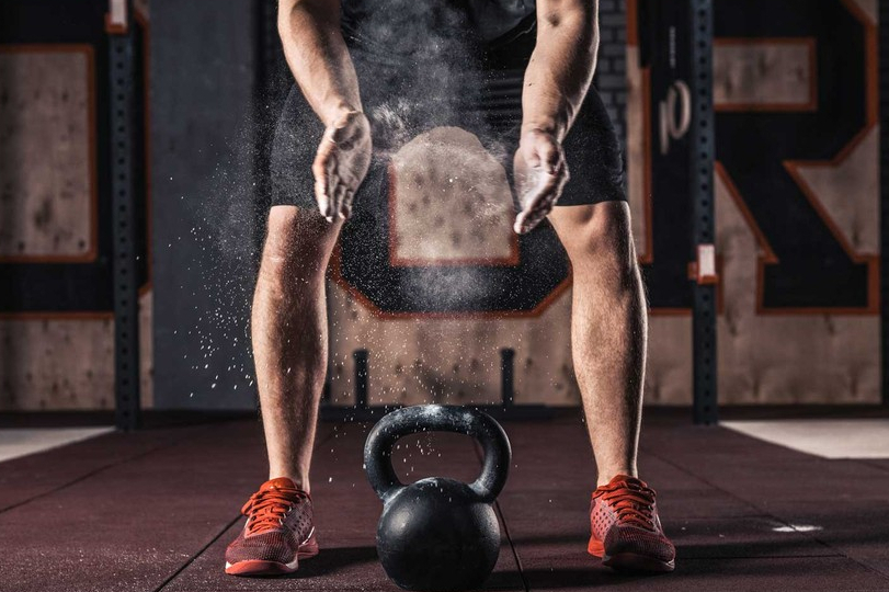 Não é só musculação: conheça outros exercícios que ajudam a ganhar músculos