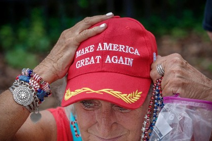 Em meio a baixa popularidade, Trump lança campanha para a sua reeleição nos EUA