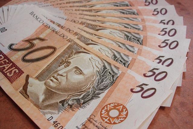 Saque do abono salarial do PIS/Pasep vai até sexta-feira