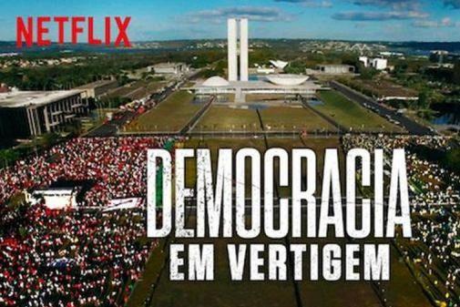 """Democracia em vertigem: """"Como simples espectador, a película me emocionou"""""""