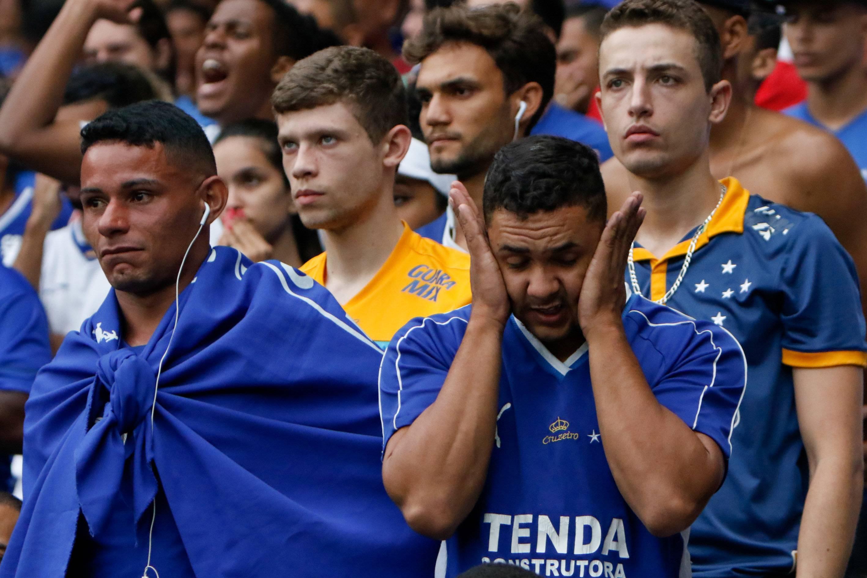 Palmeiras faz 2 a 0 e decreta rebaixamento do Cruzeiro à Série B