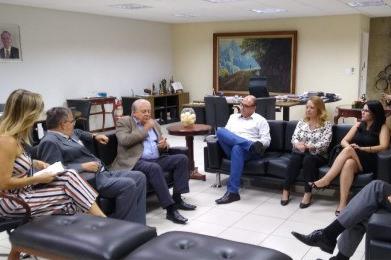 Presidente do TRE visita Nova Lima e convoca eleitores para recadastramento biométrico