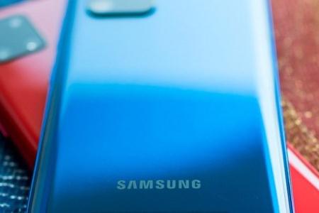 Celulares Samsung receberão três anos de Android
