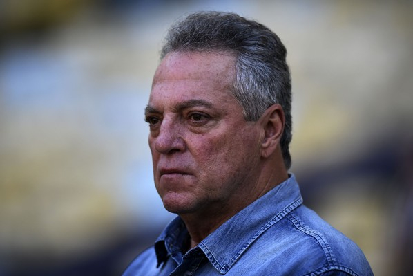 Cruzeiro oficializa Abel Braga como treinador do time