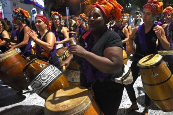 Como negros estão resgatando as raízes na 'Suíça da América Latina'