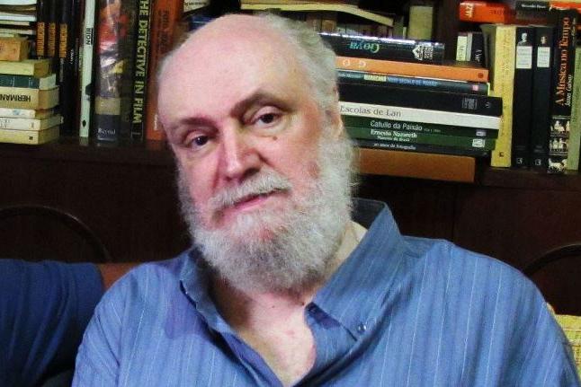 Aldir Blanc morre aos 73 anos de covid-19, no Rio de Janeiro