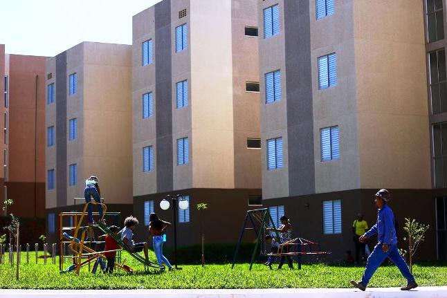 Covid-19 aumenta busca por imóveis com quintal ou varanda