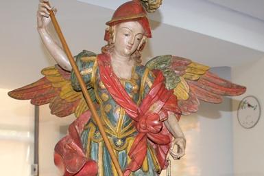 Imagem de São Miguel Arcanjo é devolvida à Matriz de São Romão, no Norte de Minas