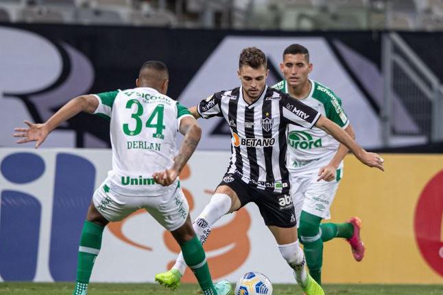 Atlético-MG e Chapecoense empatam em 1 a 1 pelo Brasileiro