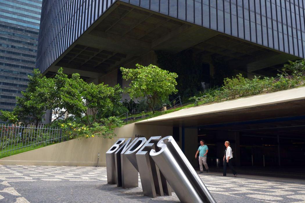 BNDES prorroga consulta pública para cessão de créditos inadimplentes