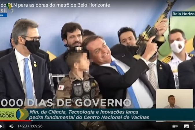 ONU repudiou Bolsonaro  por expor criança com arma