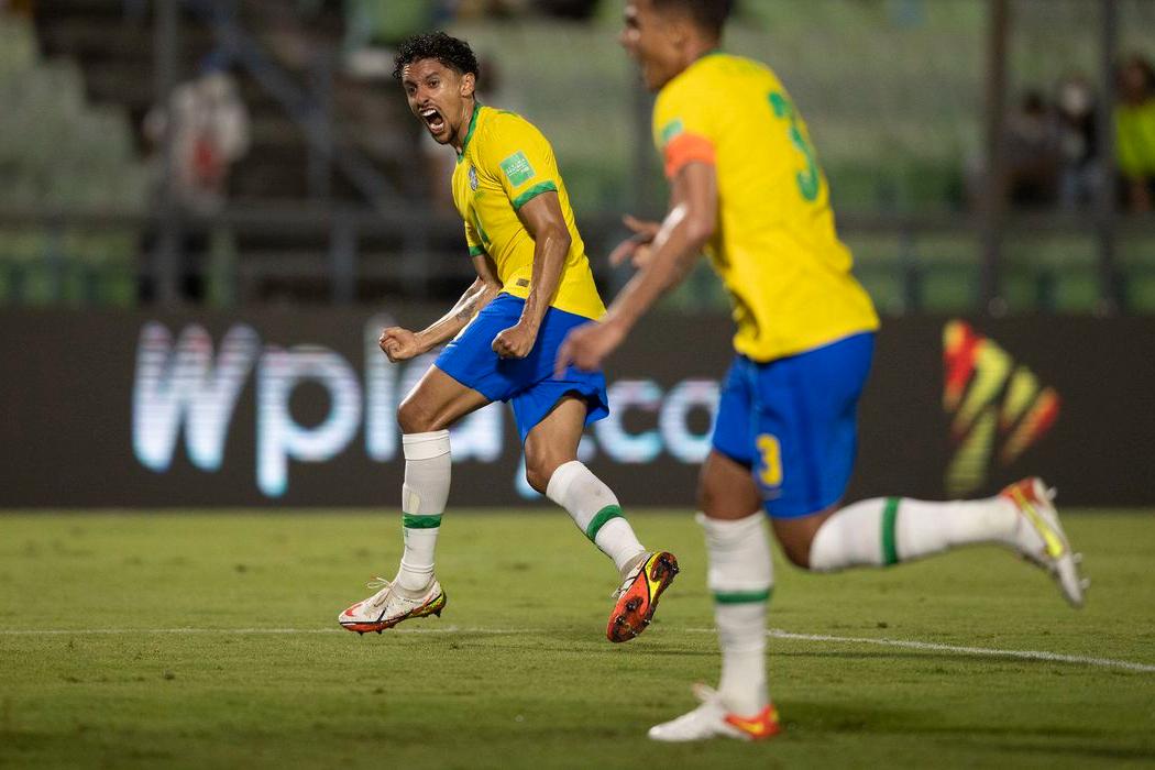 Brasil joga mal, mas vence Venezuela nas Eliminatórias