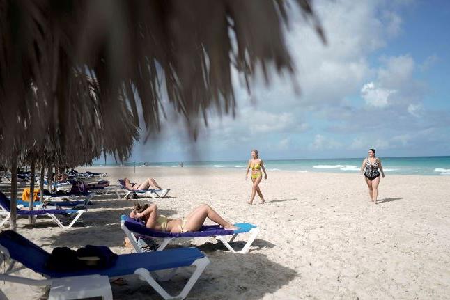 Covid-19 leva Cuba a reduzir voos dos EUA e de outros países