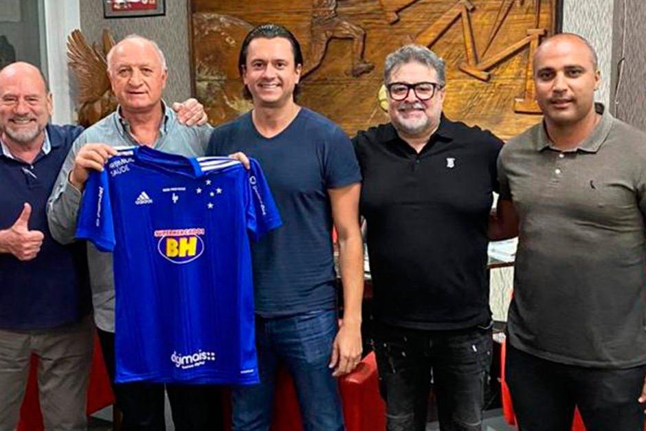 Cruzeiro anuncia Felipão como novo técnico