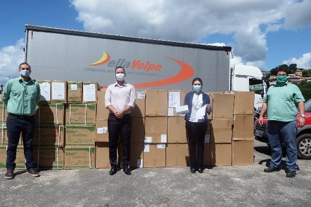 Vale entrega segundo lote de doações do HNSD com 162 mil máscaras cirúrgicas e 56 mil luvas