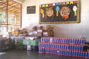 Prefeitura e Câmara de Santa Maria fazem distribuição de fraldas e alimentos da 33ª cavalgada a entidades da cidade