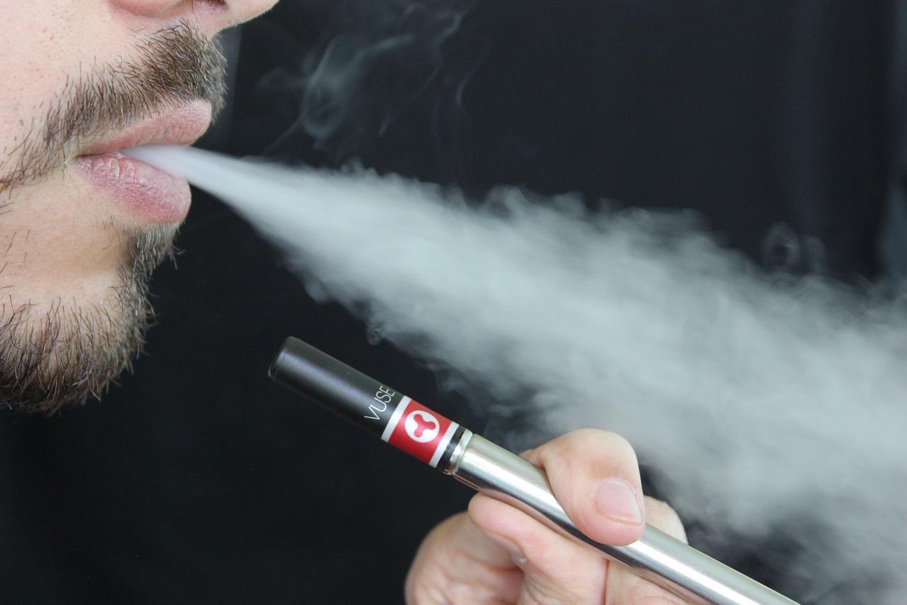 Anvisa proíbe venda de cigarros eletrônicos