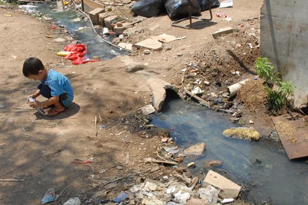 Sem saneamento básico, Brasil continuará sendo um país de suburbanos