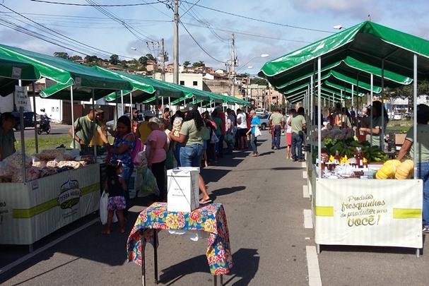 Feira itinerante amplia vendas da agricultura familiar em Itabira