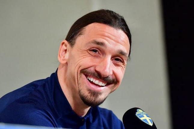 Ibrahimovic volta à seleção da Suécia para Eliminatórias da Copa