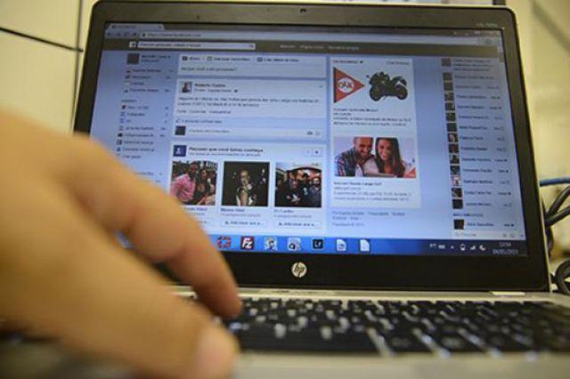 Menos da metade dos estudantes aprende sobre segurança na internet