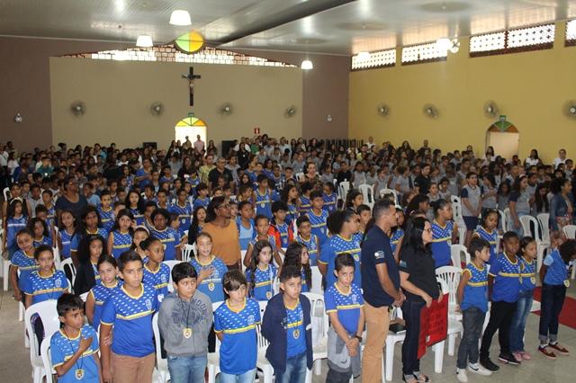 Projeto Investigador Mirim forma mais de mil crianças em Belo Oriente (MG)