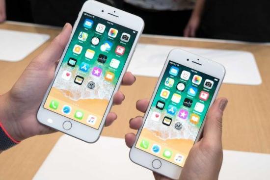 Leilão da Receita Federal tem iPhone por R$ 700 e notebook Xiaomi
