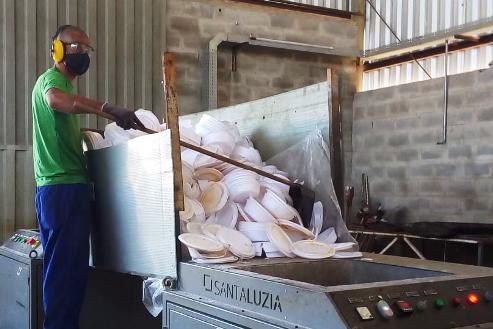 Sejusp já reciclou cerca de 27 toneladas de isopor de embalagens