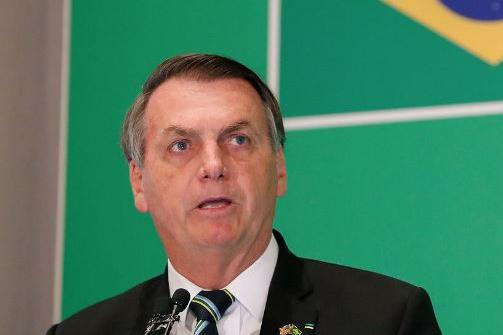 Bolsonaro vai avaliar com Mandetta controle do coronavírus