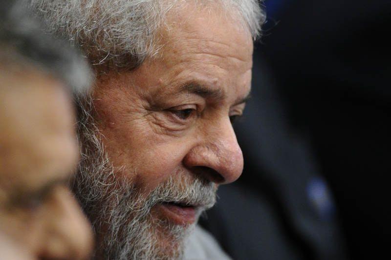 """Lula usa """"precedente Bendine"""" ao STF para pedir liberdade"""