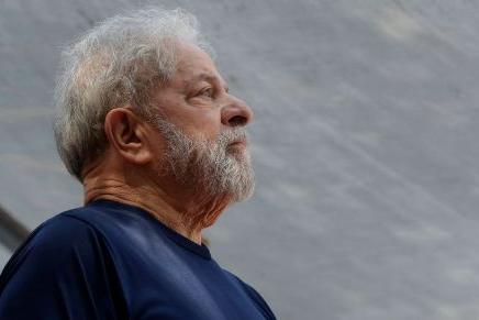 Lula e ex-ministros viram réus acusados de receberem R$ 64 milhões da Odebrecht