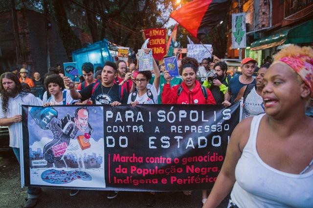 """Versões mentirosas de PMs em mortes por """"confrontos"""""""