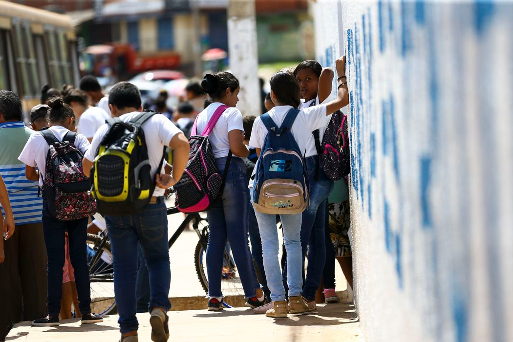 MEC define protocolo de segurança para volta às aulas