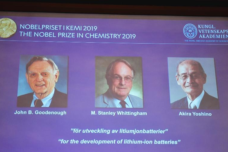 Nobel de Química é de 3 cientistas que criaram bateria para celular