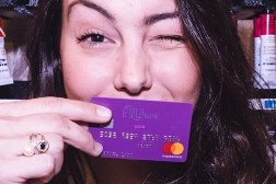 Nubank acaba com lista de espera e liberação do cartão será feita de forma automática
