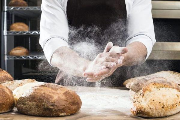 Dia do Panificador, o pão e a fome