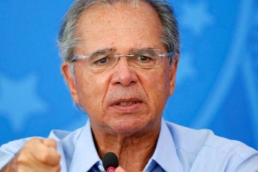 """Guedes defende saída da """"letargia econômica"""" em dois estágios"""