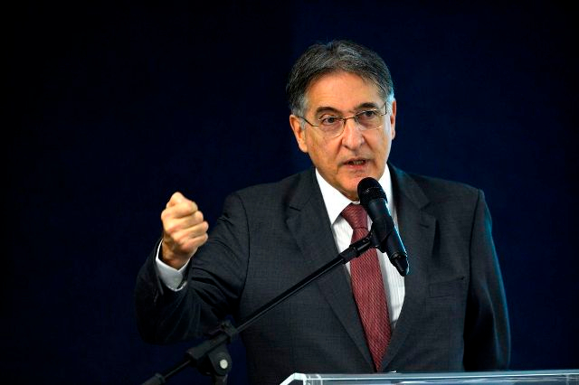 Fernando Pimentel volta a ser alvo de operação da Polícia Federal
