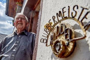 Mais antigo prefeito alemão vai se aposentar após 56 anos no cargo