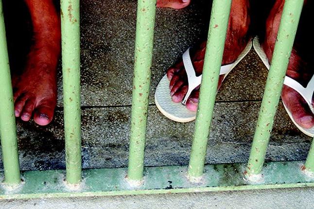 Covid-19: Depen sugere contêineres para separar presos com sintomas