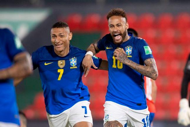 Brasil quebra tabu de 35 anos e vence Paraguai pelas Eliminatórias