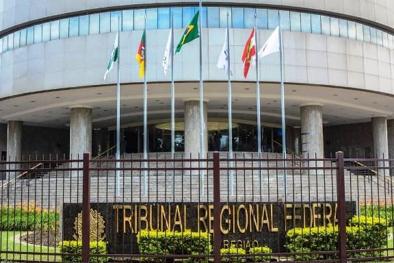 Justiça bloqueia R$ 3,57 bilhões do MDB, PSB, políticos e empresas