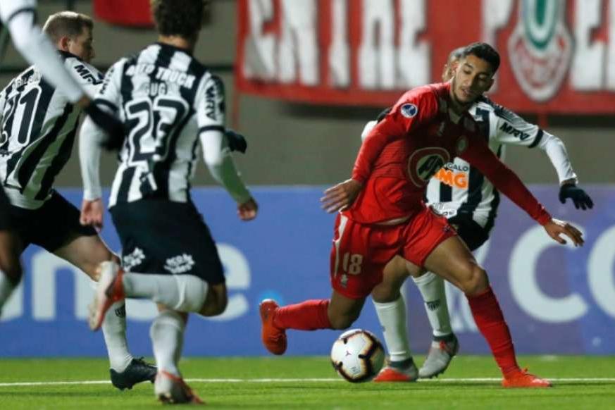 Atlético-MG joga mal e sai derrotado pelo Unión La Calera
