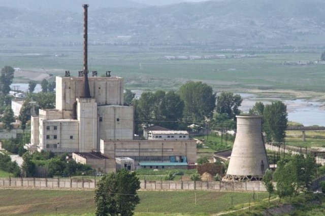Pesquisadores dizem que Coreia do Norte faz obras em complexo nuclear