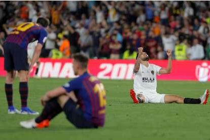Valencia bate Barcelona e é campeão da Copa do Rei
